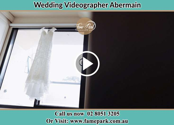 The wedding gown Abermain 2326