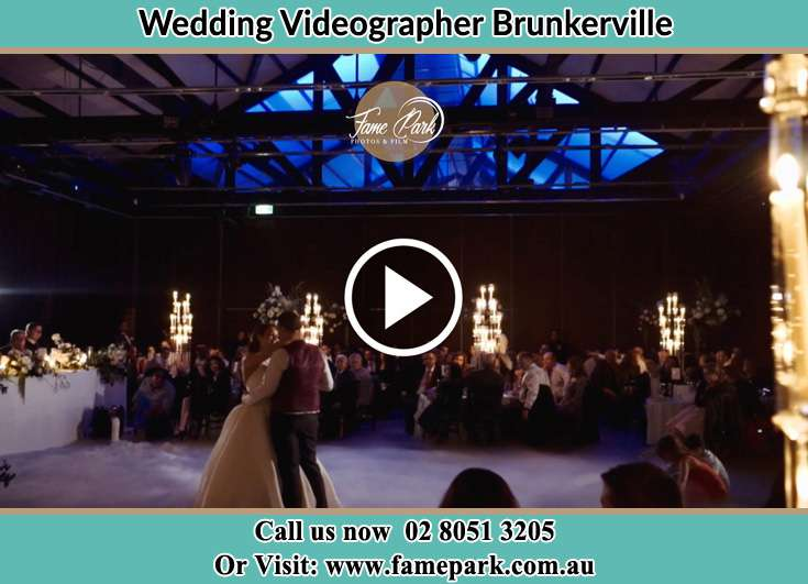 The newlyweds dancing on the dance floor Brunkerville NSW 2323