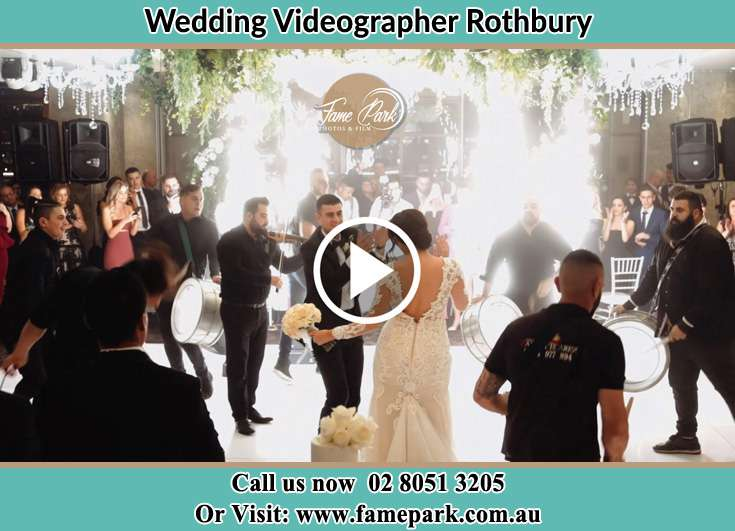 The newlyweds dancing on the dance floor with the band Rothbury NSW 2320
