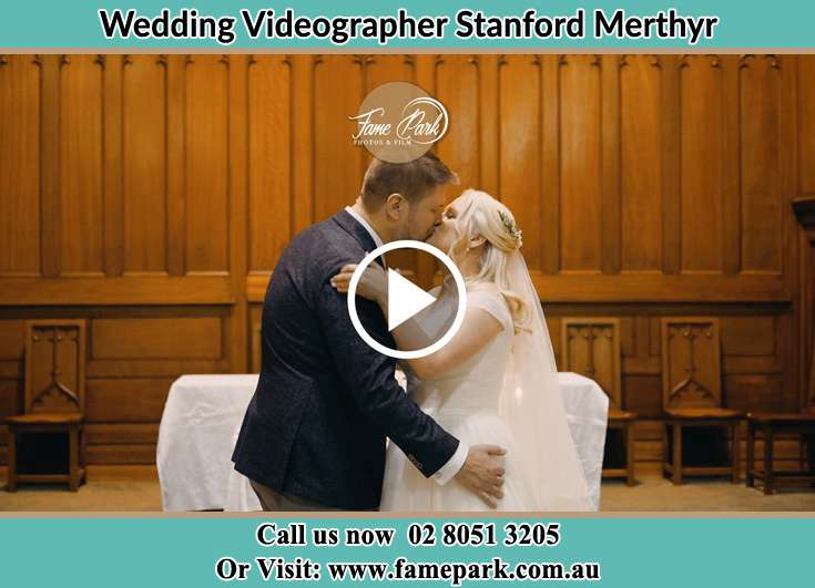 The new couple kissing Stanford Merthyr NSW 2327